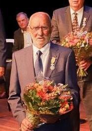 Lintje voor Oprichter JVIJ Henk Peelen
